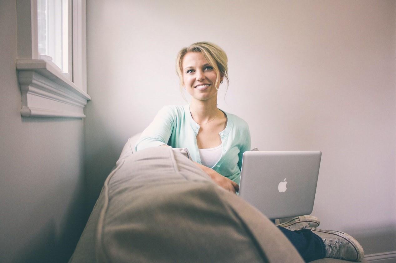 Emily Audibert with laptop